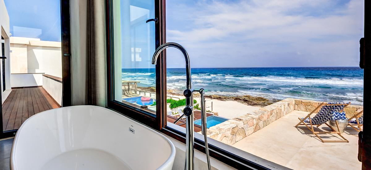 villa amara tub ocean view