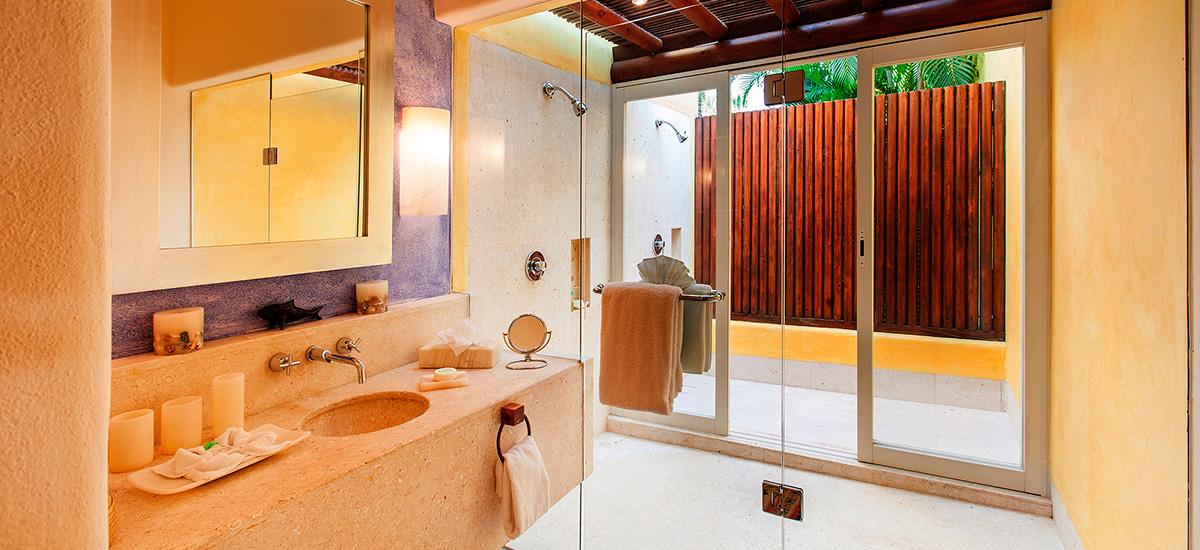 villa austral bathroom 2