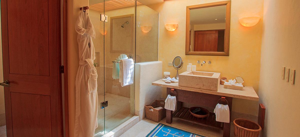 villa austral bathroom