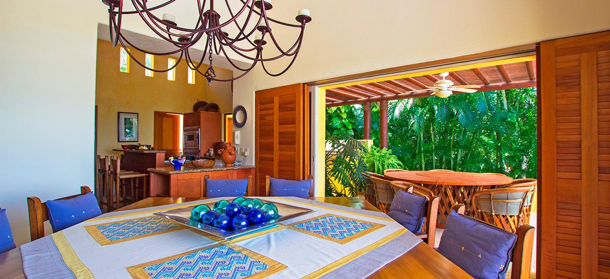 villa austral dining