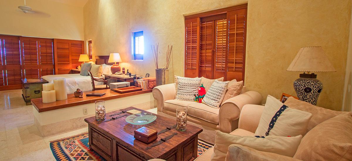 villa austral king size bedroom 2