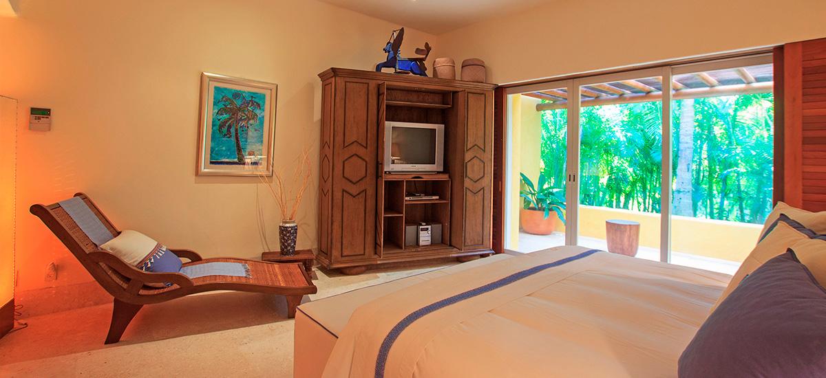 villa austral king size bedroom