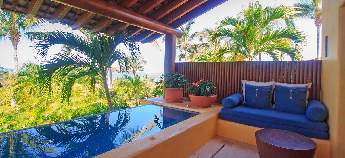 villa austral pool