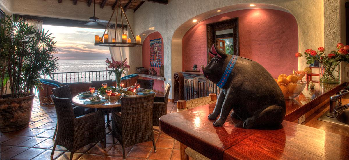 villa azul celeste dinner table 2