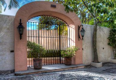 Villa Azul Celeste Door
