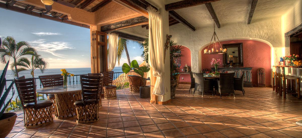 villa azul celeste tables