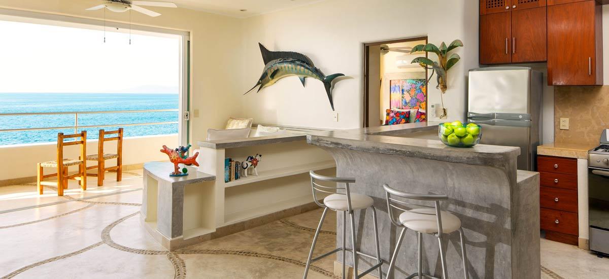 villa balboa kitchen bar