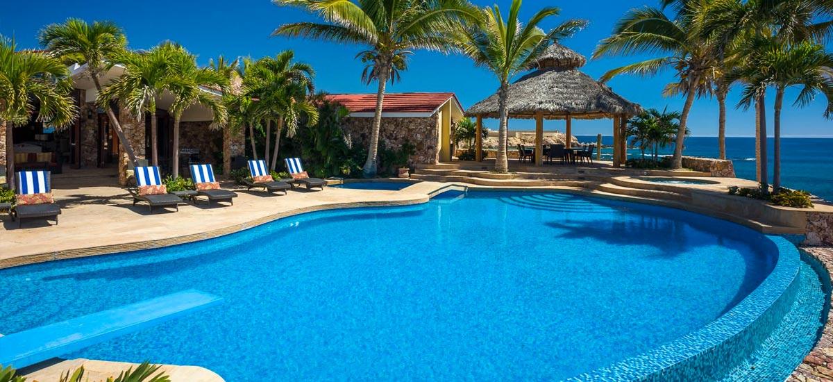 villa cielito pool