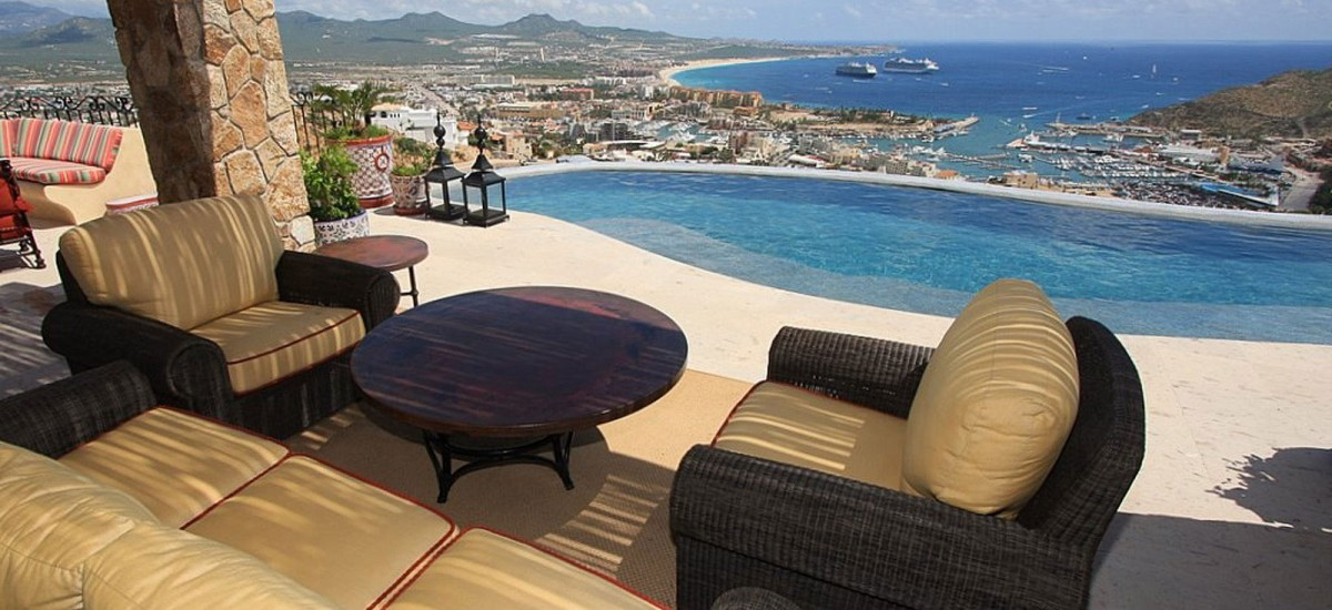 villa cielo lounge view 2