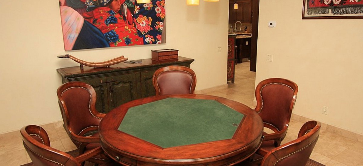 villa cielo poker tables
