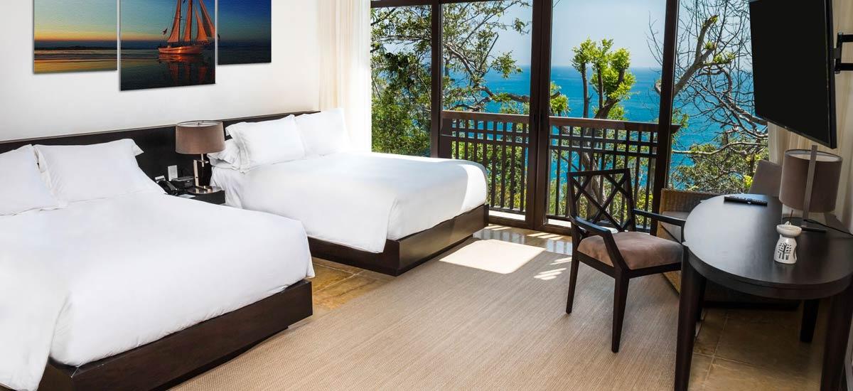 villa ciruelo double bedroom