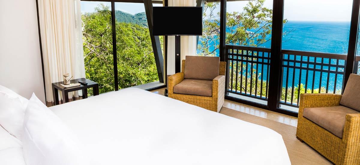 villa ciruelo master bedroom 2