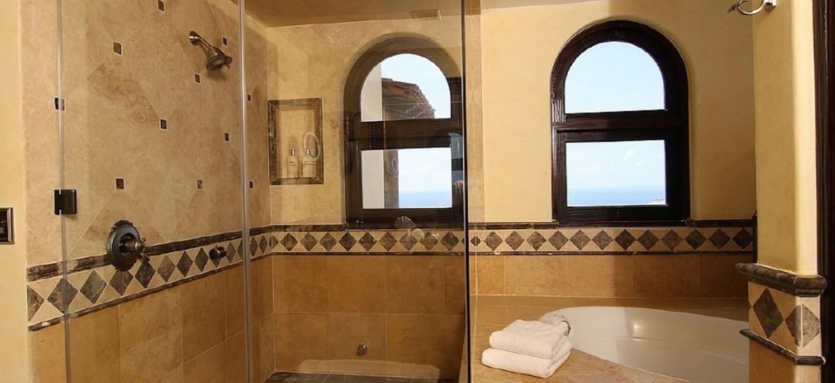 villa de los suenos bathroom