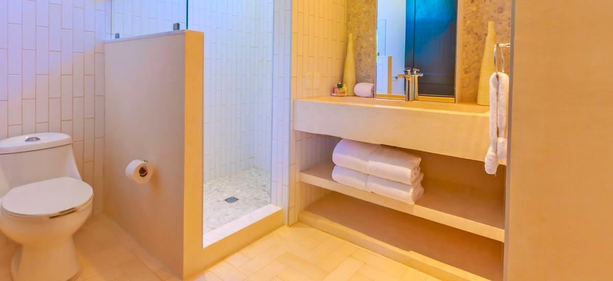 villa encantada bathroom 3