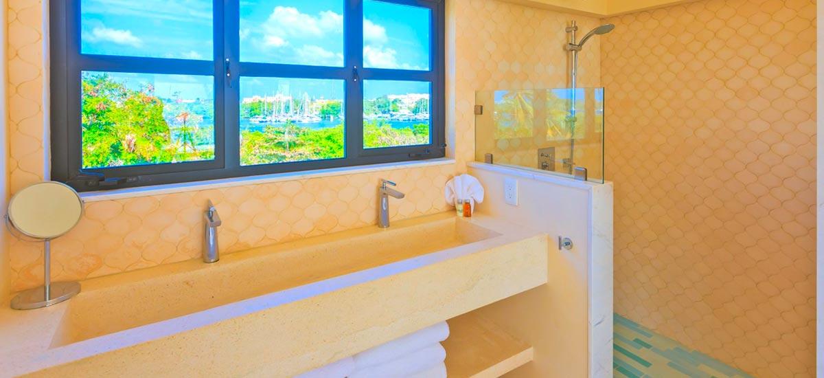 villa encantada bathroom 4