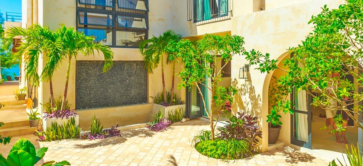 villa encantada entrance 2