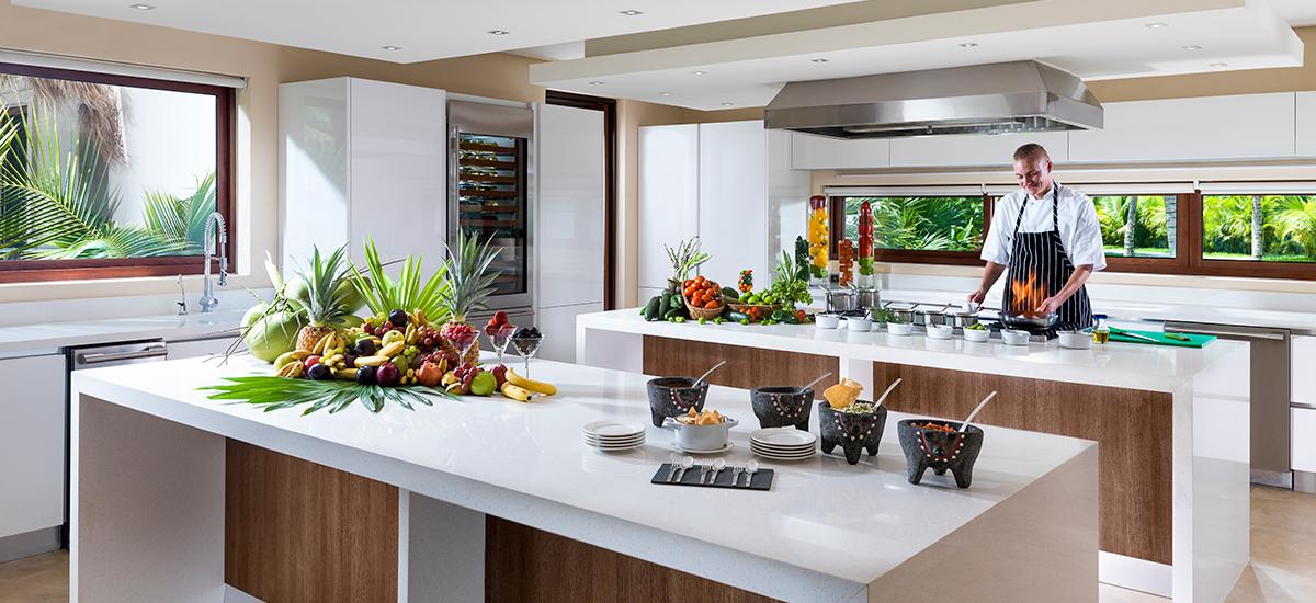 villa esmeralda kitchen chef