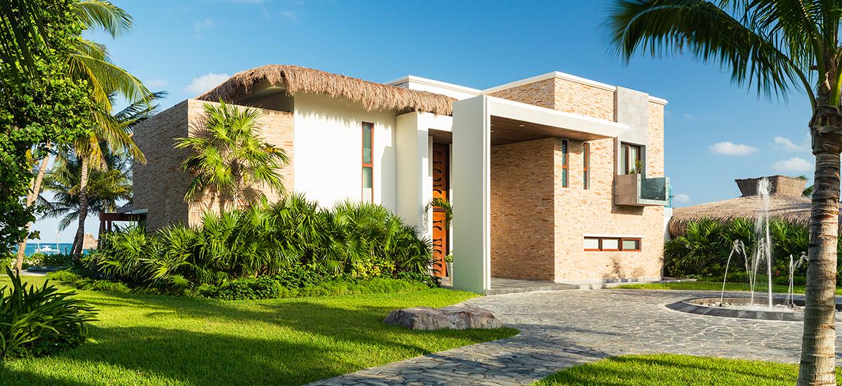 villa esmeralda front