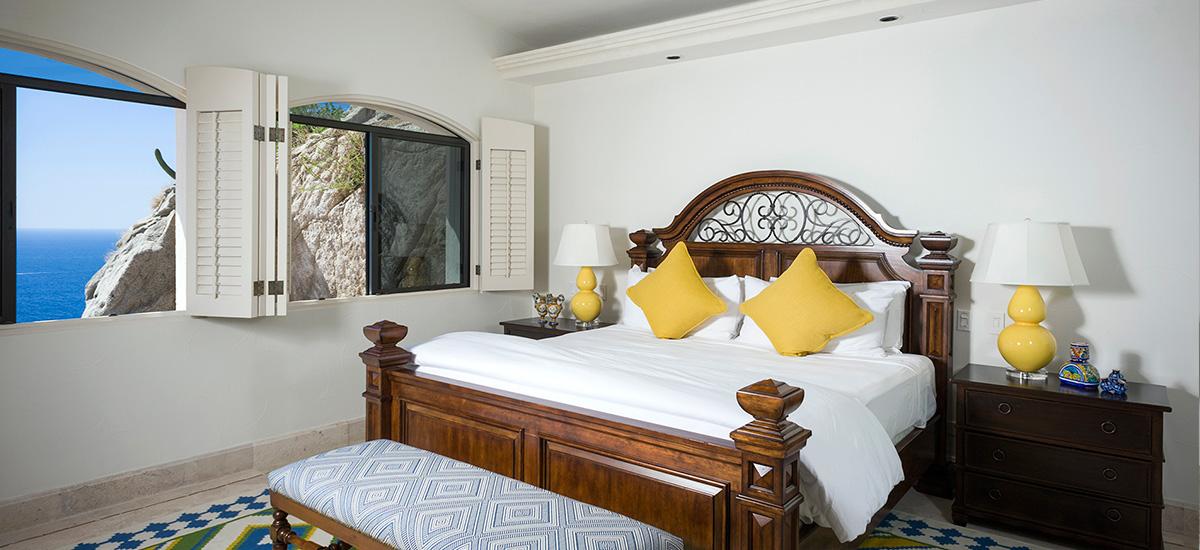 villa la roca bedroom