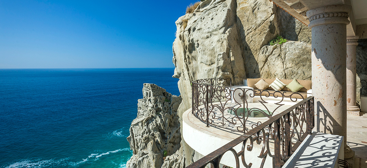 villa la roca cliff