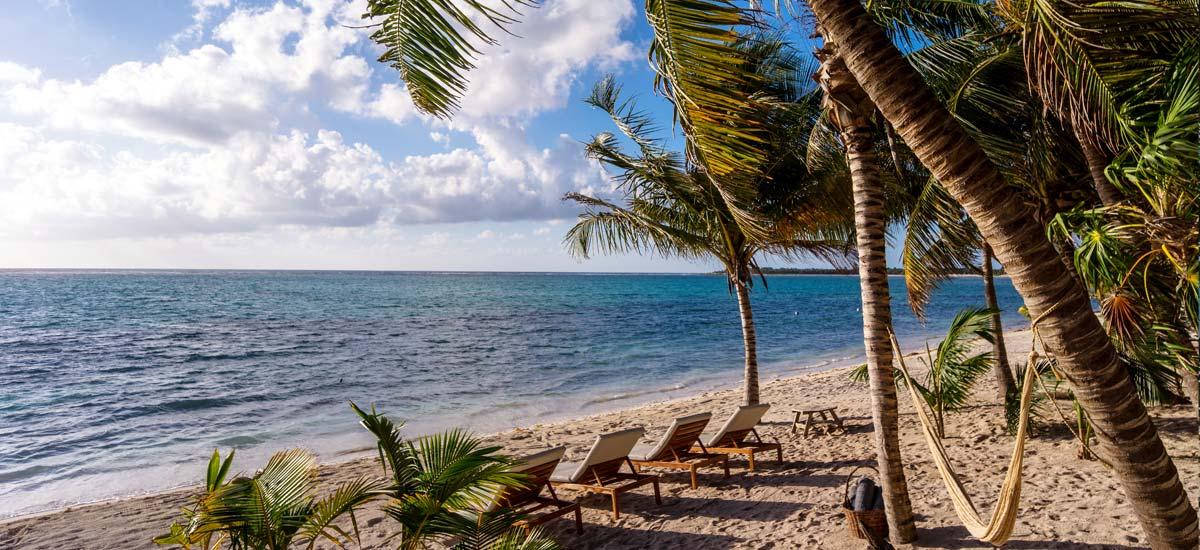 villa la semilla front beach