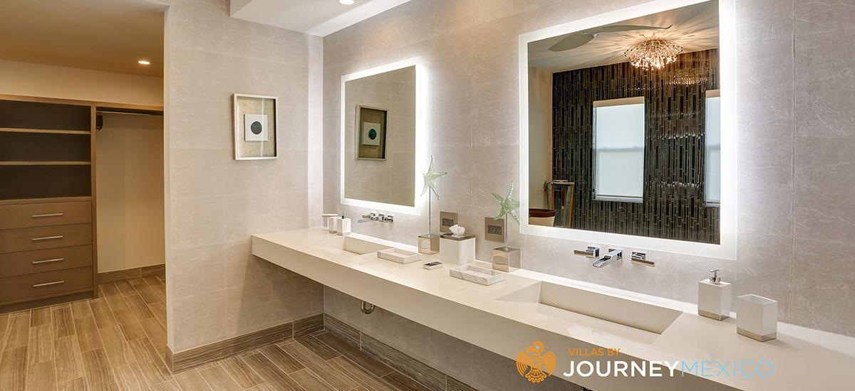 villa lands end bathroom