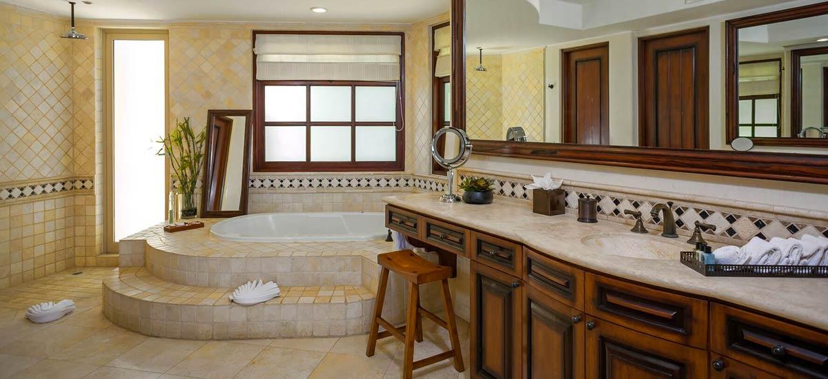 Villa Las Arenas 104 bath
