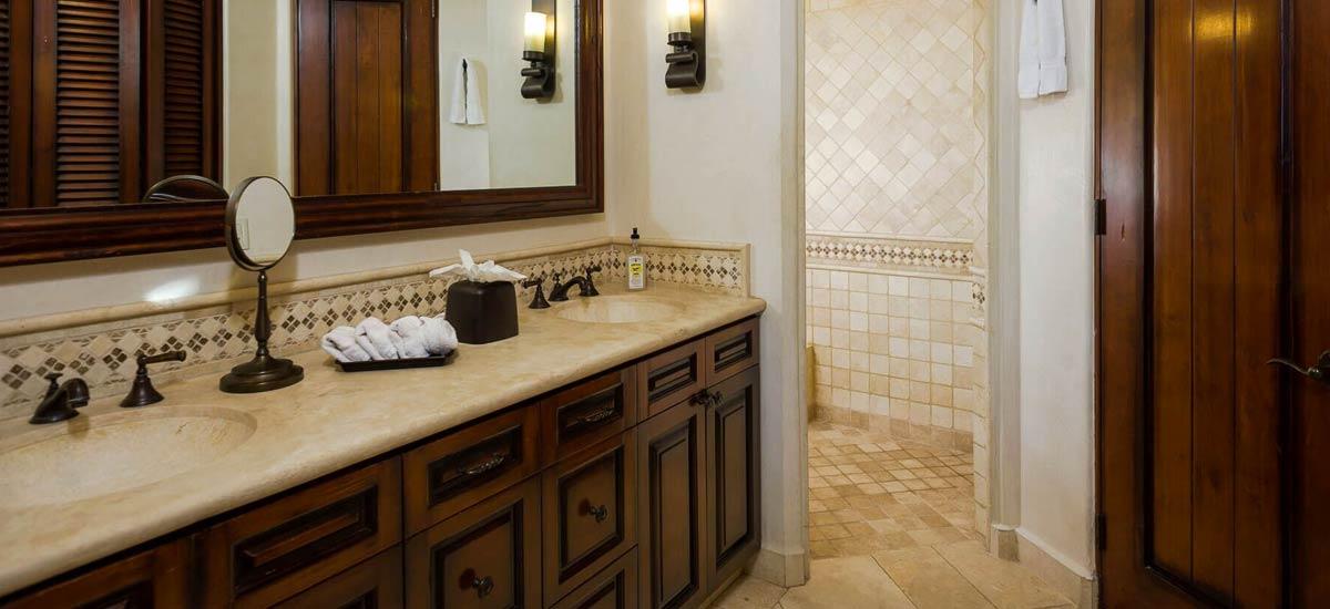 Villa Las Arenas 104 bathroom 4