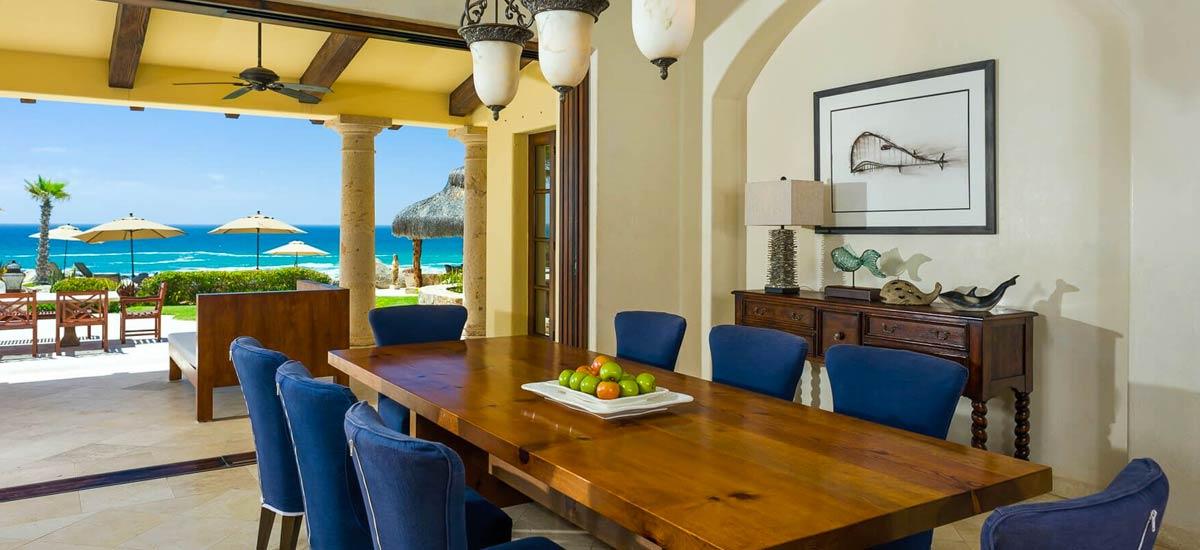 Villa Las Arenas 104 dining room
