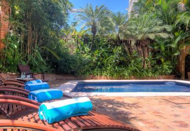 Villa Las Puertas pool