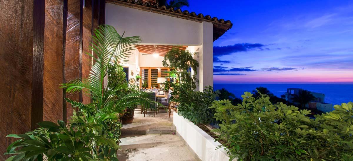 villa lucia balcony view