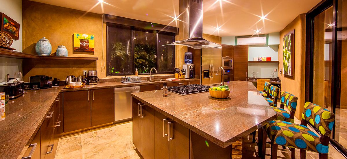 villa lunada kitchen