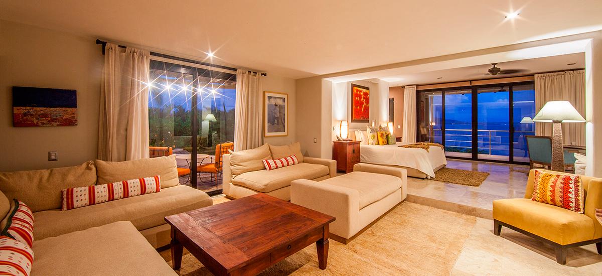 villa lunada living room