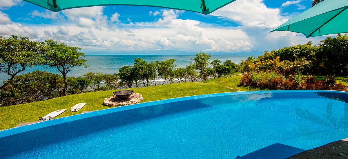 villa lunada pool