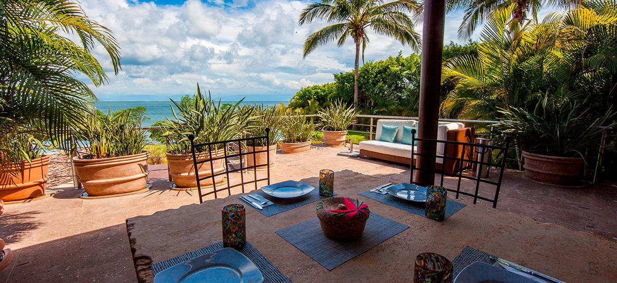 villa lunada table