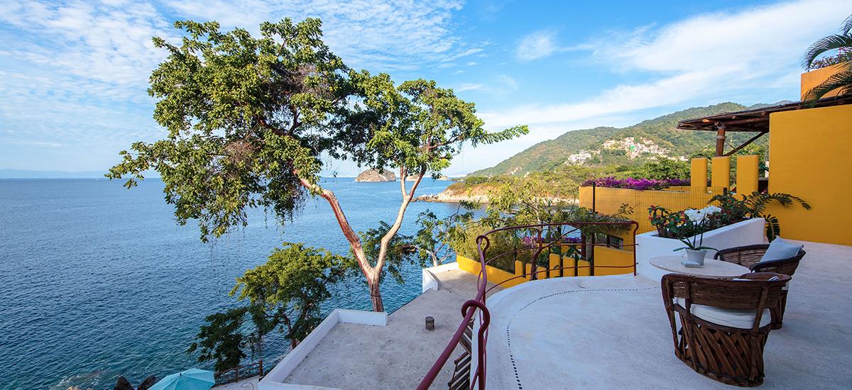 villa mandarinas terrace