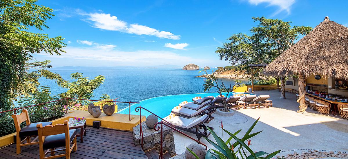 villa mandarinas view