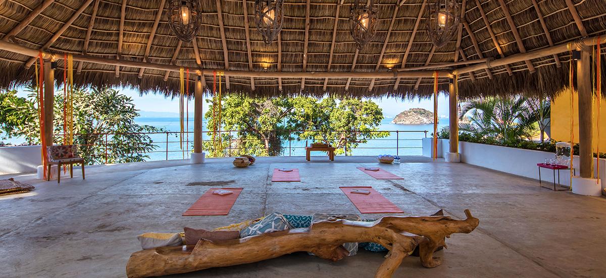 villa mandarinas yoga 2