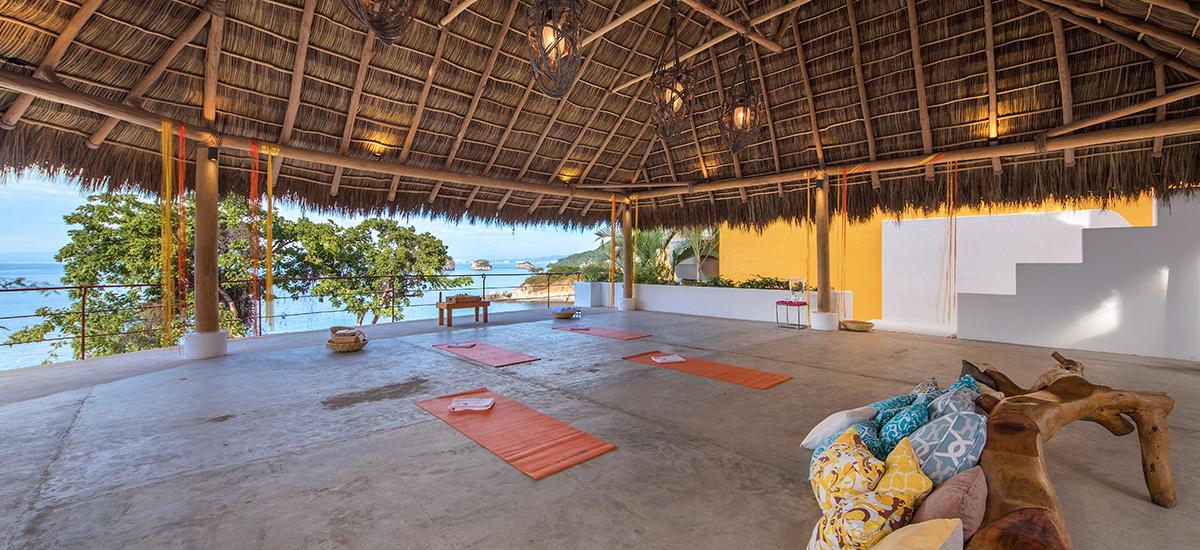 villa mandarinas yoga