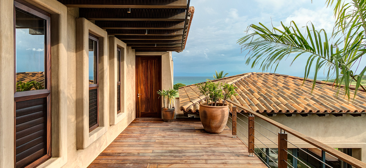 villa marlago master bedroom