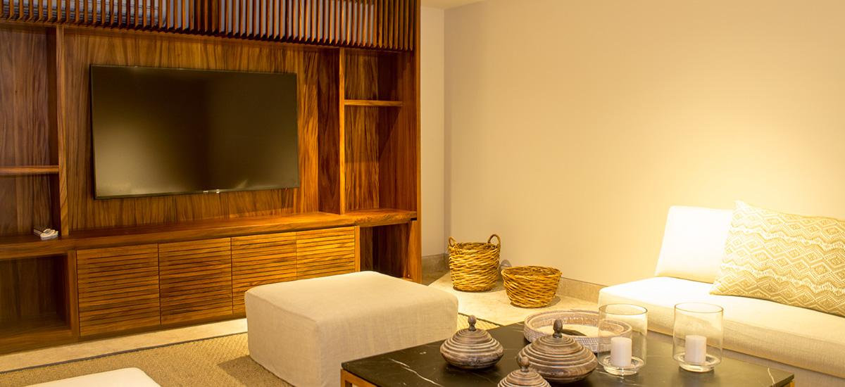 villa marlago game room 2