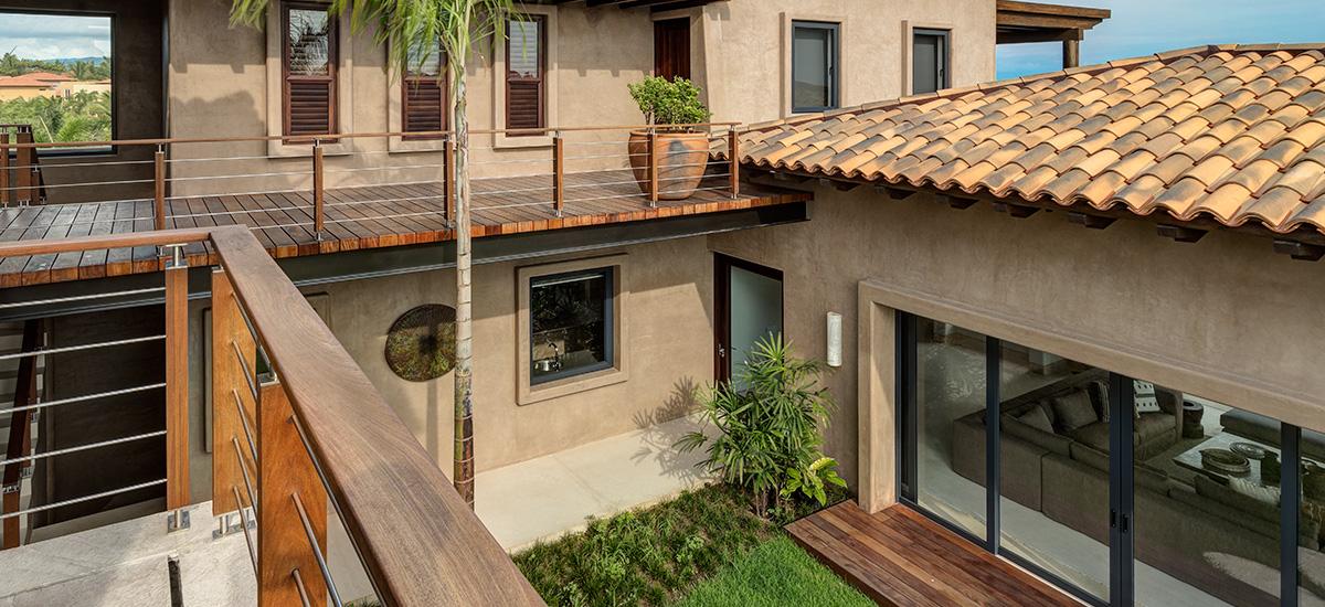 villa marlago upper floor