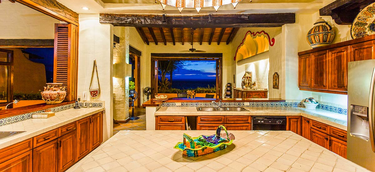 villa mc fuego kitchen