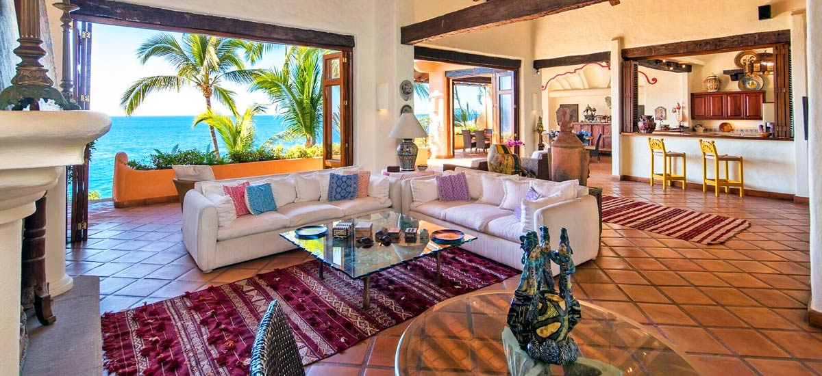 villa mc fuego living area