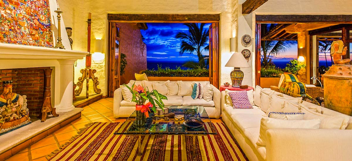 villa mc fuego living room
