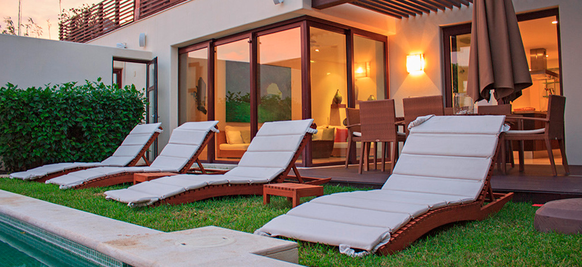 villa onix long chairs