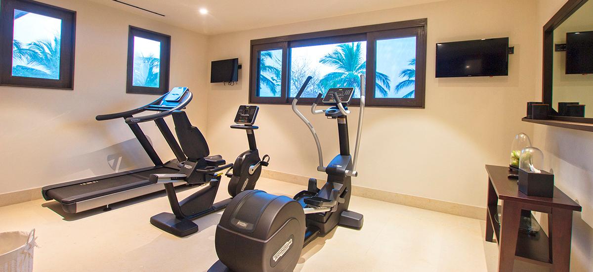 villa pacifico gym