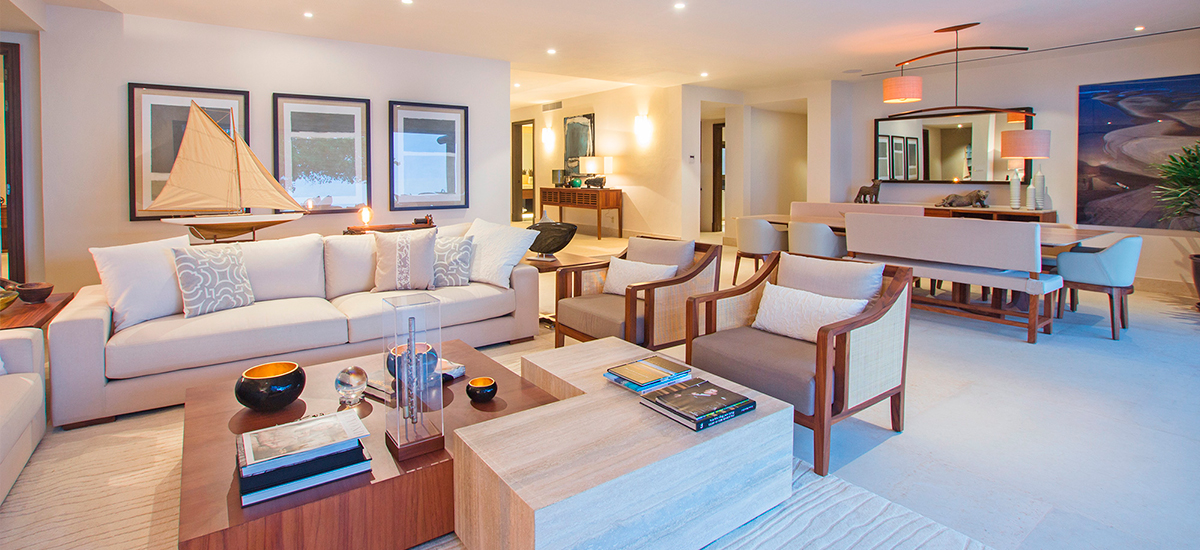 villa pacifico living room