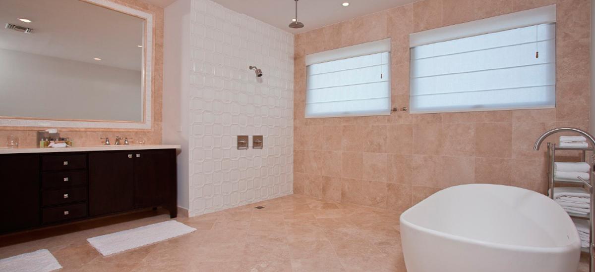 villa paradiso perduto bathroom