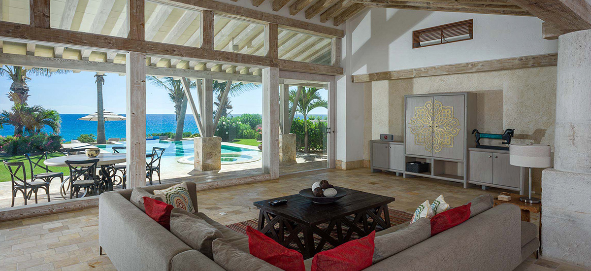 villa piedra blanca living rooms